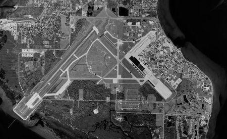 800px-MacDill_Air_Force_Base_-_30dec1988