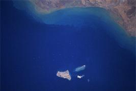 Image satellite de l'Iran et Khark Khargou Islands