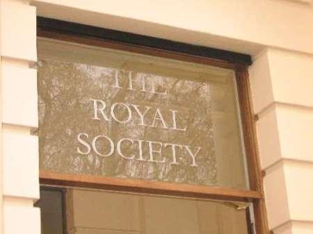 Conférence sur la vie extraterrestre à la Royal Society Britannique Royal_society_entrance