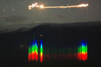 Campagne scientifique d'analyse des phénomènes lumineux observés dans la vallée d'Hessdalen en Norvège 101129_hessdalen-phenomene