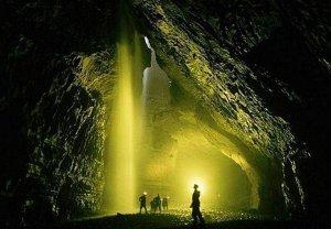 Une expédition record vers la grotte la plus profonde du monde 1