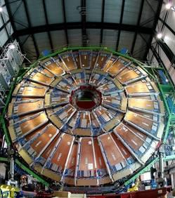 La nouvelle particule découverte à l'Organisation européenne pour la recherche nucléaire (Cern) l'été dernier ressemble de plus en plus au boson de Higgs. C'est ce qu'affirment les chercheurs qui ont rendu publics leurs derniers résultats