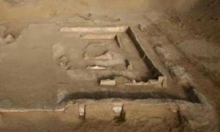 ruines_temple_bouddhiste_d_sert_taklimakan