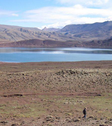 Météorite : le double cratère était connu sous la forme de deux lacs étranges, le Tislit et le Isli