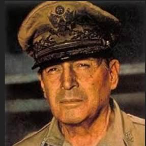 New York Times   Général Douglas Mac Arthur, 1955.