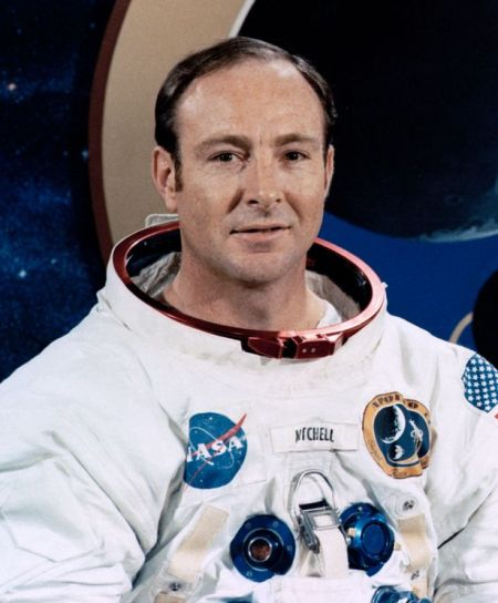 Edgar Mitchell: Le sixième homme à marcher sur la lune