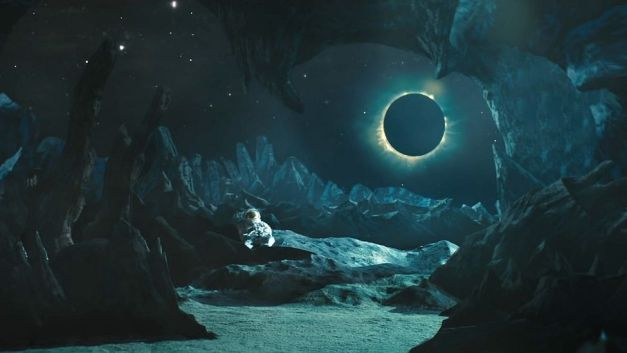 842230-blackstar-bowie-astronaute